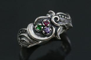 Aniu Floral Motif Oxidized Silver Tricolor CZ Ring LR-114