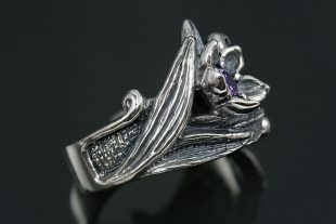 Bellflower Purple Natural Amethyst Oxidized Silver Ring LR-112