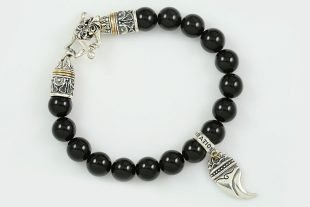 Bendosa Lion Claw Silver Charm 10mm Onyx Beaded Bracelet BB-043