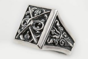 Bisagio Gothic Style Oxidized Silver Ring LR-081