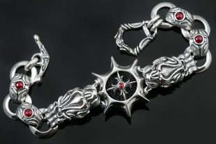 Biting Ruby Eyed Lions Luxurious Sterling Silver Bracelet BR-049
