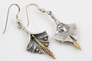 Calla Lily Flower Two Tone Dangling Silver Earrings ER-017