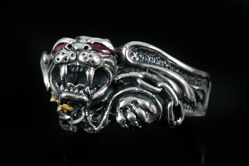 Dahil Red Eyed Lion Sterling Silver Ring MR-032