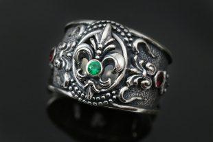 Franse Baroque Silver Ring With Tsavorite Garnet and Red Rubies UR-120E