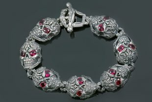 French Skull Ruby Eyes Luxurious Silver Bracelet BR-027