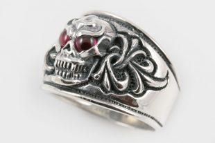 Gothic Skull and Ornaments Red Garnet or Faceted Onyx Silver Ring MR-012