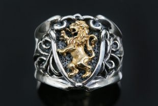 Honorius Rampant Heraldic Lion Antique Style Oxidized Silver Ring MR-117