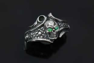 Jembr Green CZ Eyed Skull Gothic Oxidized Silver Ring UR-132