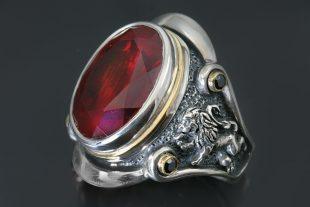 King Ring Heraldic Rampant Lion Red Corundum Silver Ring MR-119R