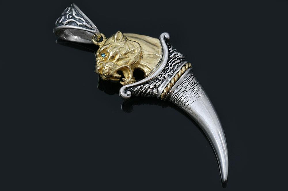Leonidas Spartan Symbol Gold Lion Tooth Silver Pendant PT-028G