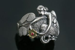 nymph-mermaid-flower-two-tone-oxidized-silver-ring-lr-107-1