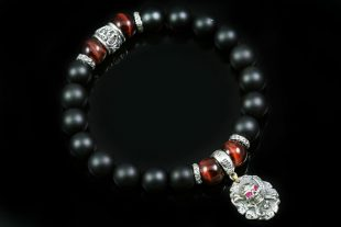 Pirate Skull Sword & Bone 10mm Onyx & Red Tiger Eye Beaded Bracelet BB-086