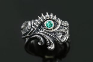 Rodnik Natural Green Zircon Gothic Oxidized Silver Artistic Ring LR-065
