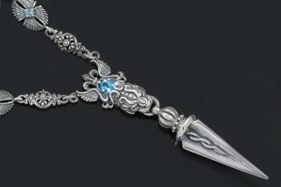 Venezzia Lion Head & Dagger Silver Necklace N-023