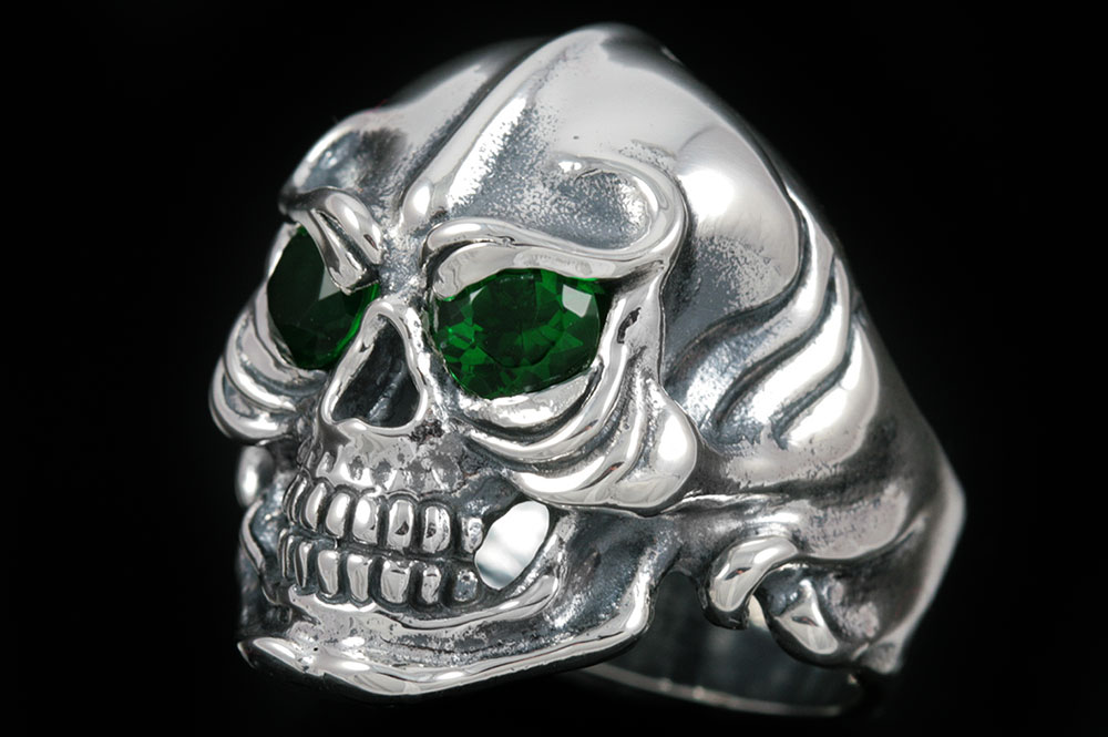 Warrior Skull Red or Green Eyed Silver Ring MR-007