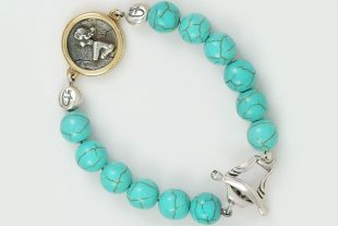 Woman Medallion Charm 10mm Turquoise Beaded Bracelet BB-087T